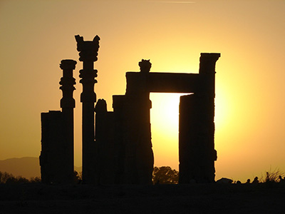 persepolis-sunset-Iran-travel